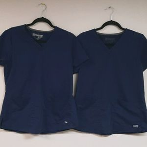 V-neck Shirred Back Scrub Top bundle